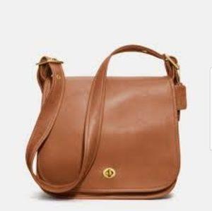 Coach brown leather messenger crossbody 9525